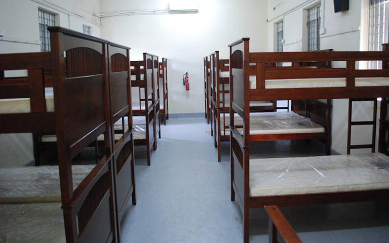 H03 E座宿舍 - 床位